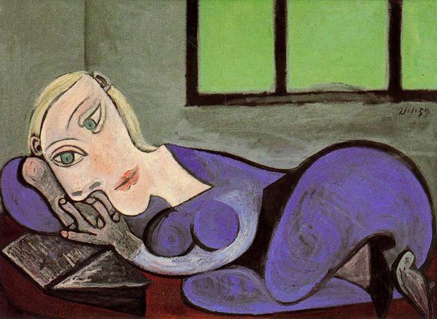 reclining-woman-reading
